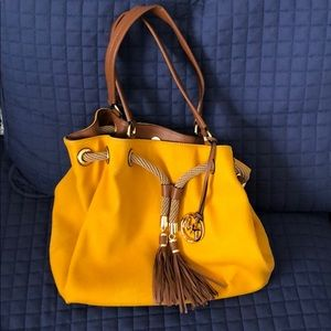 BNWOT Michael Kors Hobo bag with Fringe closure